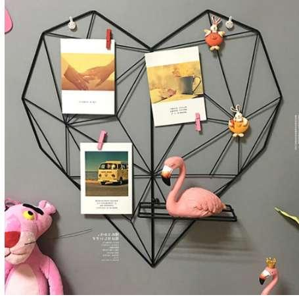 Metal Heart-shaped Photo Grid Frame Wall Photos Grids Postcards Mesh Frame Home Bedroom DIY Decoration Iron Storage Rack Holder