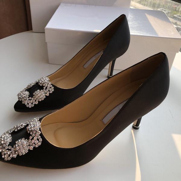 Gladyatör Stil Tasarımcı Deri Taban Mükemmel Düz Tuval Düz Sandal yc19031201 çarpıcı En Yeni Lüks Kadınlar Popüler Deri Sandal