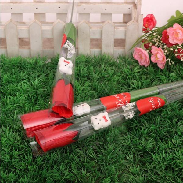 Simulazione Rosa rossa Singolo fiore rosa Orso dei cartoni animati Con un adesivo a forma di cuore Regalo di San Valentino Regalo per la mamma Forniture di nozze LXL371