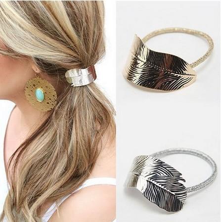 Bande de cheveux en métal à la mode Corde Élastiques Cravates Cheveux Manchette Wrap Titulaire de queue de cheval pour filles / dames (or, argent)