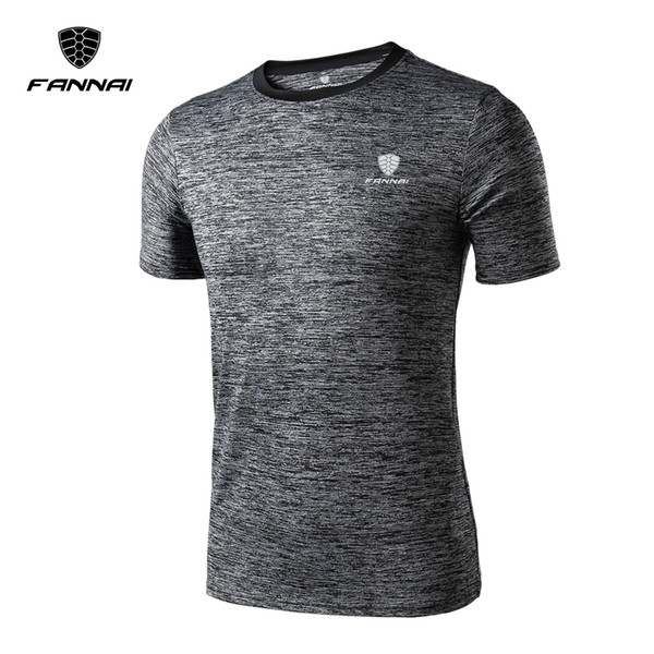 Men Gym T-shirt Fitness Rashgard Running Shirts Jersey Outdoor Sport Shirt Quick Dry Muscle Bodybuilding Tights Crossfit Shirt
