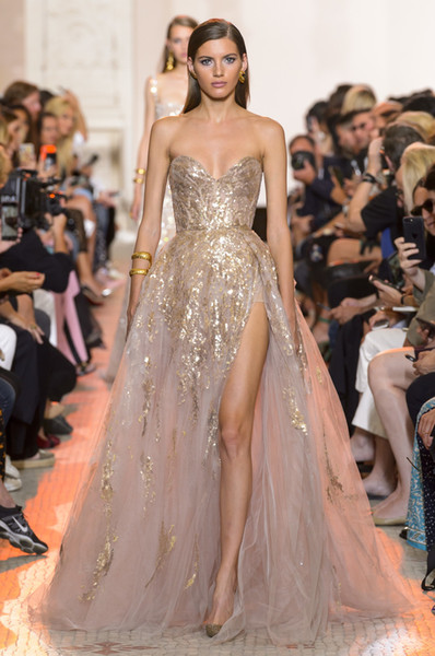 Evening dress Ziad naked Elie saab Yousef aijasmi 2018 Champagine Sequines Off shoulder Ball gown Long dress Zuhair murad Kylie Jenner 087