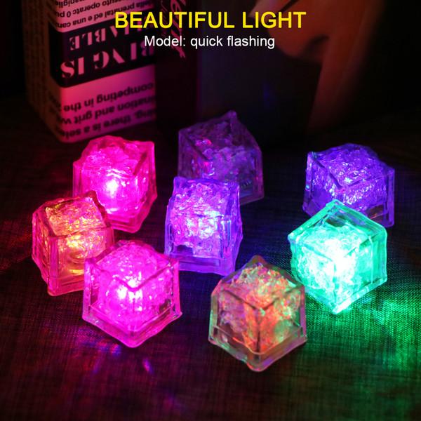 Suministros Festival de boda de neón de destello de la bola 12pcs / ste de hielo LED del partido que brilla cubos de luz luminosa de Navidad bar de vinos Decoración de cristal