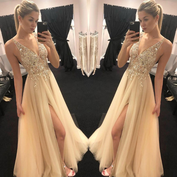 Stunning Gold Champagne prom Dresses Sexy V neck Sheer Top Beaded Sequins tulle vogue Front Slit Evening Party Gowns Boho Engagement Dresses