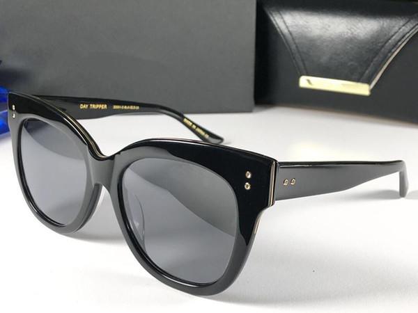 0ba58a6822 Clásico Retro gafas de sol simples Square Black Frame anti-UV400 Gafas de  lentes de