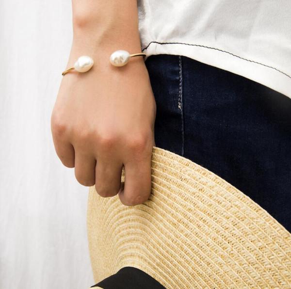 Ins hot sale designer acessórios pérola meninas pulseira moda mulheres pulseira mulheres designer de jóias pulseira frete grátis