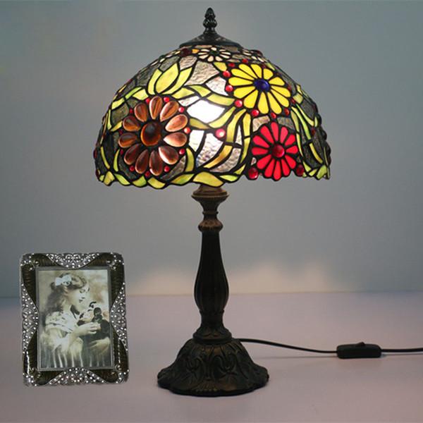 Vintage lampe de table lustre led lampes de table pour salon chambre vitrail abat-jour abajur lampara de mesa tafellamp luminaria