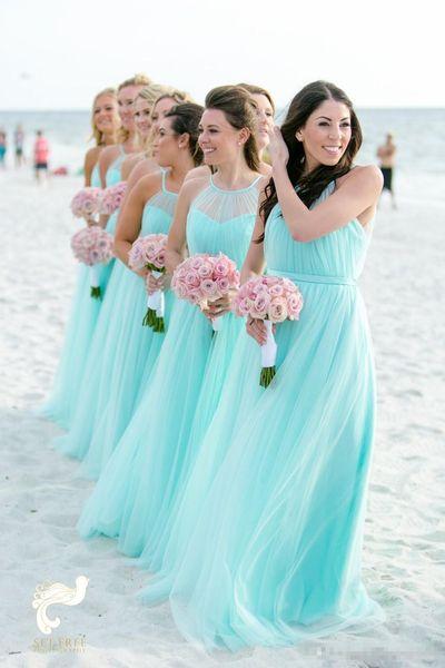 Vestidos de damas de honor de color turquesa claro Más el tamaño de tul en la playa Vestidos de fiesta de invitados de boda baratos Largos vestidos de noche plisados 2019