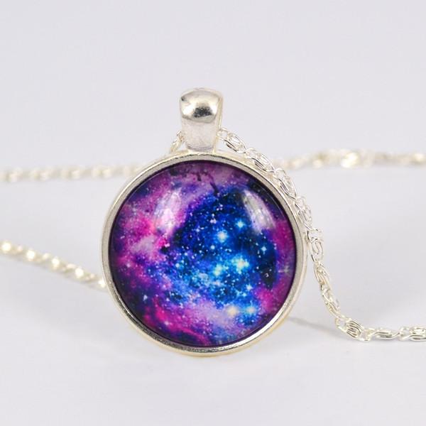 Vintage roxo Via Láctea Galaxy imagem planeta pingente de vidro cabochão colar, banhado a prata, melhor presente