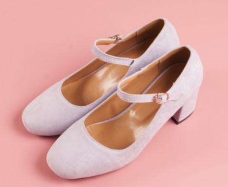 Enviar gratis 2018 otoño nuevo estilo Cabeza de tacón medio Cabeza cuadrada Tacón grueso princesa Shoes
