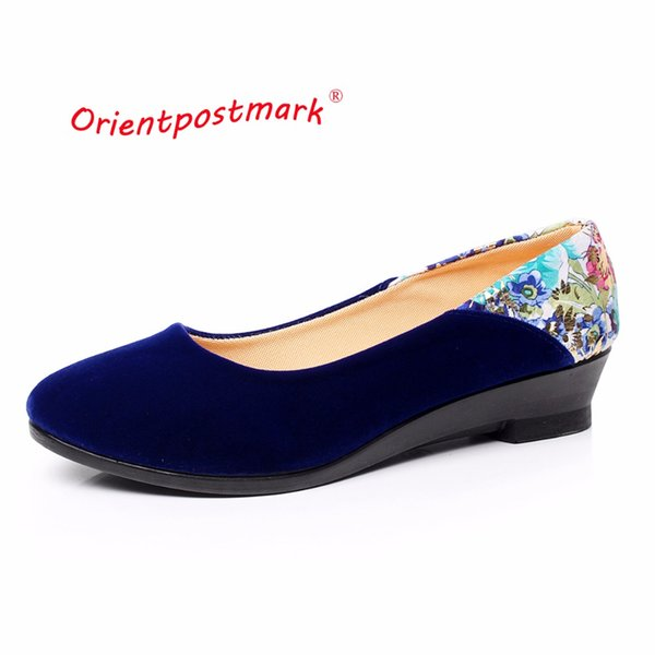 Designer Dress Shoes New Chinese Cloth Elegant Wedges Print Flower Women Wedges Women Ballet Boat Shoe Oversize OrientPostMark