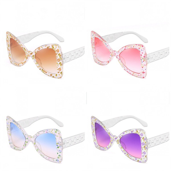 a2aed72e5d8b Butterfly Triangle Type Sunglasses Flower Printing Ladies Fashion Eyewear  Brand Pearl Simple Eyeglass Ultra Light New Arrival 14jrj I1