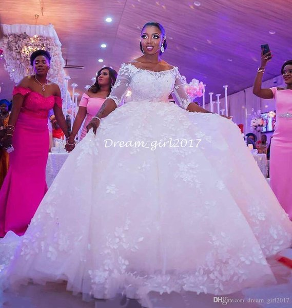 2019 Modest 3/4 mangas largas vestidos de novia vestido de bola Appliques del flora Sheer medias mangas sin respaldo vestidos de novia árabe