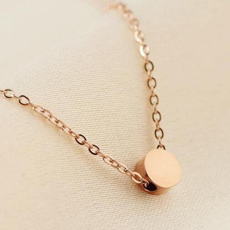 Uphot 2019 neues koreanisches reales Gold überzog Marke Brief Ketten Anhänger Titan Stahl für Frauen Ketten chocker Halskette Schmuck