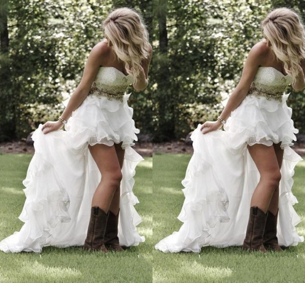 Cheap Country Style High Low Beach Wedding Dresses 2019 Sweetheart Ruffles Organza Beaded Asymmetrical Fitted Hi-lo White Bridal Gowns
