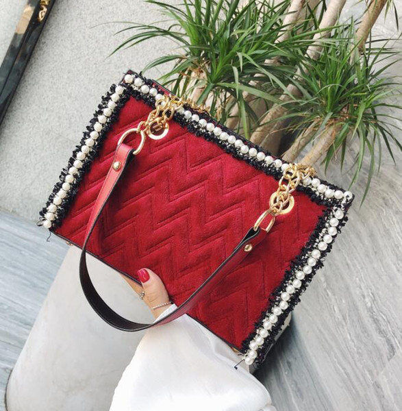 Factory direct sales brand women bags winter new velvet bag fashion Pearl chain bag large leather women shoulder Messenger bag
