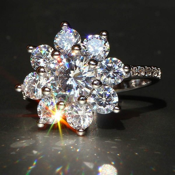 Luxury Snowflake Silver plated Zircon Gem Ring Women's wedding gathering Copper rings jewelry size 6 7 8 9 10