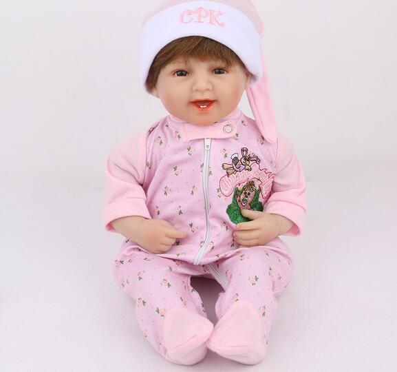 45CM réaliste Poupées Reborn silicone bébés Jouets pour filles anniversaire enfants cadeau mignon doux du nouveau-né Doll avec des vêtements