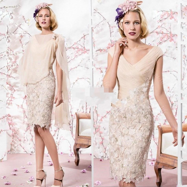 2019 Champagne Mother of the Bride Dresses V Neck Knee Length Lace Applique With Chiffon Shawl Wedding Guest Dress