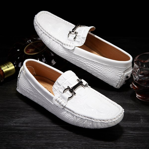 Handmade Leather Flats Mens Designer Loafers Casual Luxury Formal Men Dress Shoes Breathable Car Driving Shoes Slip On Mans Moccasins White
