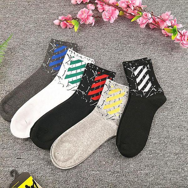 Calcetines de diseñador para mujer para hombre calcetines de otoño para hombres nuevos en la marca de la marea de la universidad de viento calcetines de algodón fabricantes al por mayor