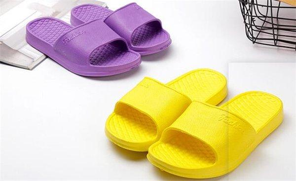 19008 Slaytlar Summe Üst Erkek Kadın Sandalet Tasarımcı Ayakkabı yılan baskı Lüks Slayt Yaz Moda Geniş Kutu Kutusu Ile Düz Sandalet Terlik