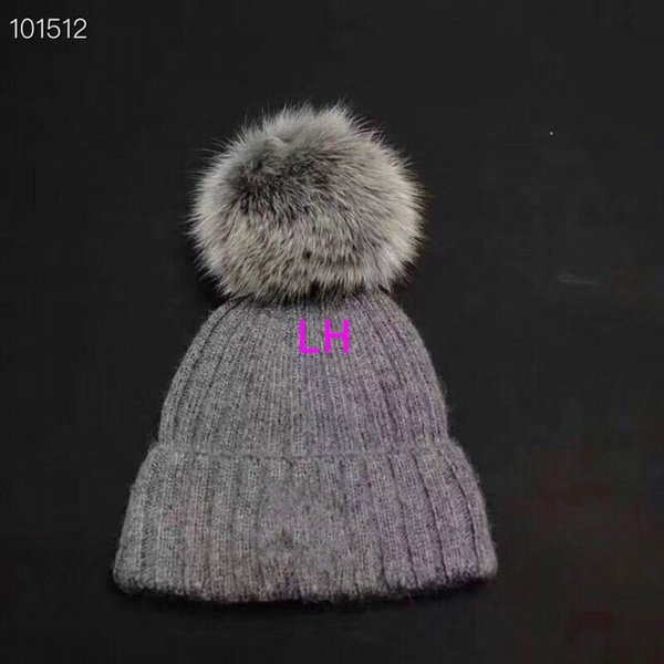 2018 newest hot sale luxury fashion knitting cotton hats hair ball high quality cheap Beanie cap women's winter warm hats