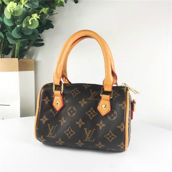 19SS novo e luxuoso Brand Design Speedy completa Logos Crossbody Clutch Satchel Mulheres Mini Bumbag Chest pacotes de travesseiro rua ombro ao ar livre Bags