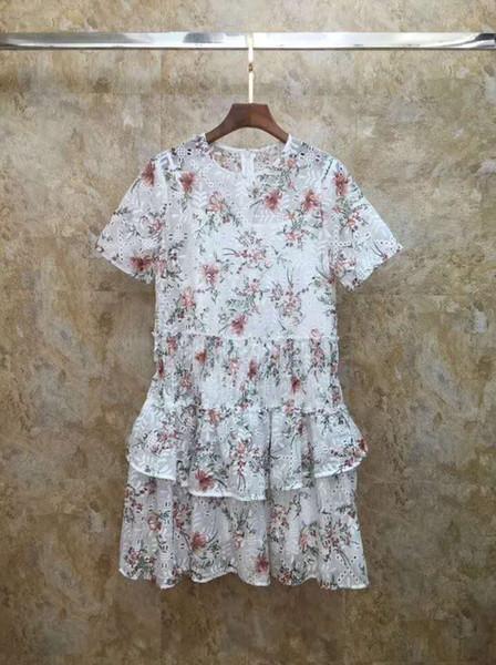 Il trasporto libero 2019 estate fiori bianchi stampa scava fuori vestiti delle donne di estate dell'increspatura di marca stessi vestiti delle passerelle delle donne di stile 061903