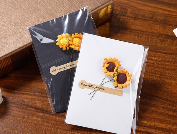 New Hand-Made Christmas Festival Greeting Cards Dried Flower Decoration DIY Vintage Kraft Paper Thank You Cards Anniversary Birthday Card