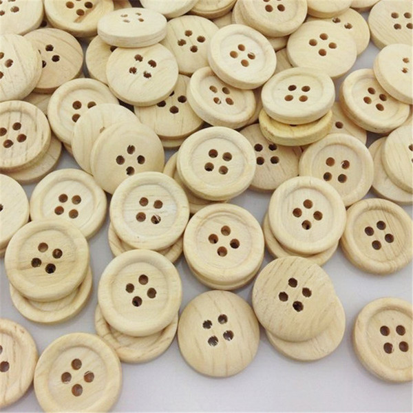 top popular Wholesale 300PCS New 4 hole Round Wood Buttons 20mm Sewing Craft WB27 2021