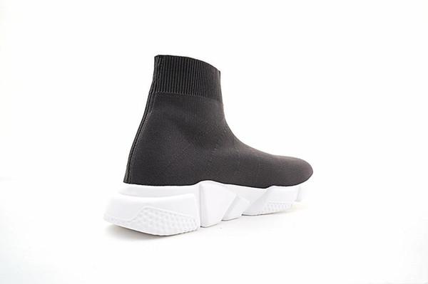 Nuevos diseñadores Zapatillas Speed Runner Calzado de moda Calcetines Botas triples negras Zapatillas planas rojas Hombre Mujer Zapatos casuales Deporte con bolsa de polvo
