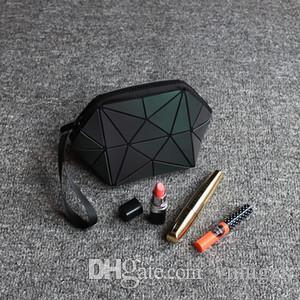 2019 Moda Sıcak satış Marka Kabuk Cüzdan tasarımcı makyaj çantası Damalı bayan fermuarlar şık ve taşınabilir En kaliteli fermuar