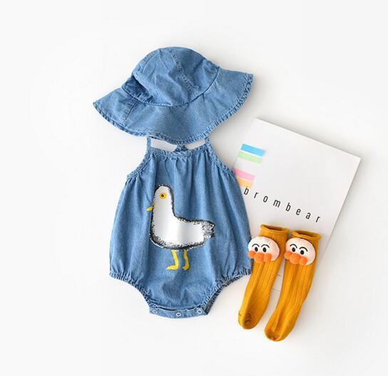 Baby scherzt Entwerfer-Spielanzug Sommer ärmellose kleine Ente-Spielanzug + Hutbaumwollmädchen-Jungenspielanzug 100% 0-2T