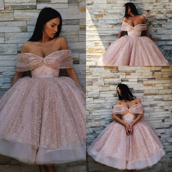 6cf98b391c Pink Sparkly Sexy 2019 Prom Dresses Cheap Sweetheart Ball Gown Short  Sequined Evening Dress Knee Length
