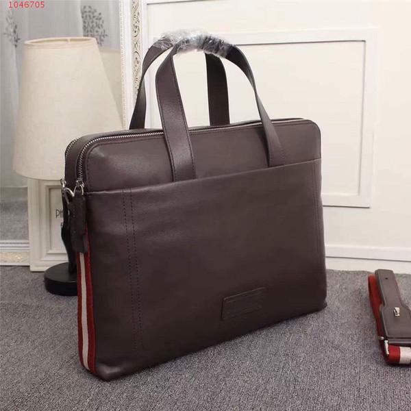 2019 The latest Fashion classic bags , Black Oversized Large capacity briefcase man handbag for men use,Size 40-8-30 cm