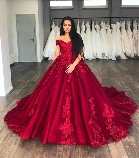 Sfera splendido abito Quinceanera fuori dalla spalla Appliques Tulle più i vestiti da Prom scuro Red Sweet 16 Dresses Zipper Up