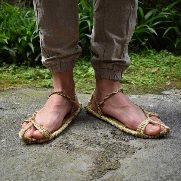 scarpe di paglia