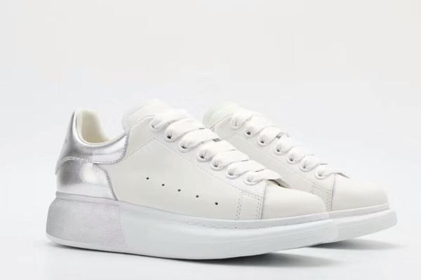 2019 Herbst neue kleine weiße Schuhe weiblichen Schwammkuchen Sportschuhe koreanischen Leder dicken Boden wild 889618