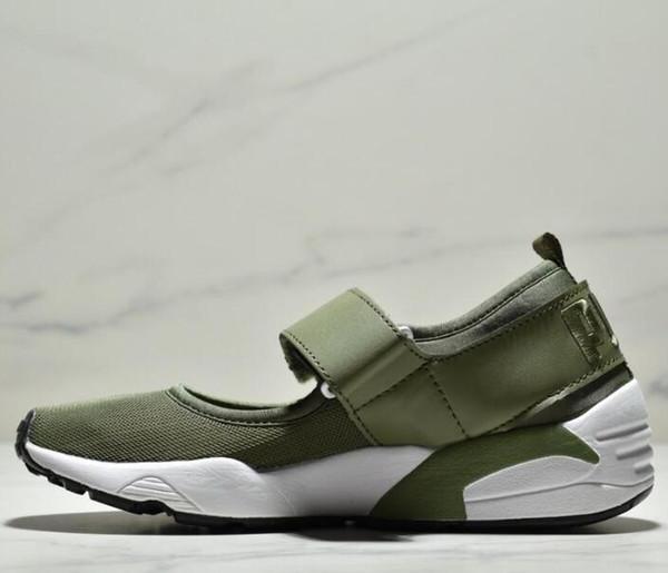 Envío gratis mujeres Rihanna casual sandalias verde blanco negro cómodo sandalias planas lindas zapatillas