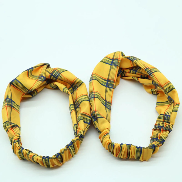 Spring 2019 new Europe and America F21, the same type of large intestine circle hair band hair decoration plaid hair band
