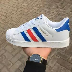top popular Shell head classic shoes men and women low to help small white shoes flat bottom couple sports casual shoes mm4 2019
