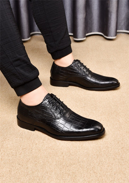 Designer de luxe Femmes Mens Casual Chaussures Casual Chaussures Habillées pour Hommes Designer Chaussure En Cuir À Lacets De Mariage Daily Sneaker 38-45
