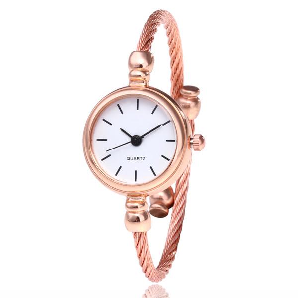 Mode simple corde femmes dames roma chiffres petit cadran bracelet montres en gros dame femme robe quartz montres au poignet