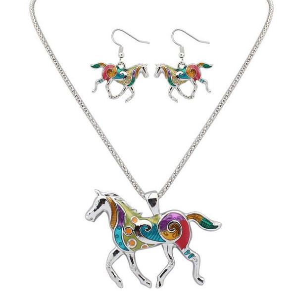 Orecchini pendenti con ciondolo cavallo squisita moda set per regalo fidanzata gocce arcobaleno cavallo in due pezzi