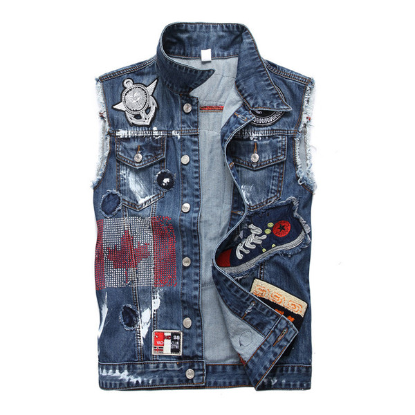 Punk Mens Sleeveless Denim Jacket Skull Badge Embroidery Hot Stamping Motorcycle Denim Vest Mens Waistcoat Streetwear Slim Fit