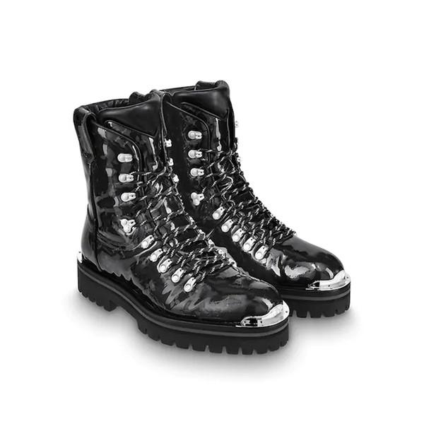 82e8410eb8a Outland tornozelo boot monogram esmalte lona luz micro outsole marca de  luxo booties modelo passarela botas