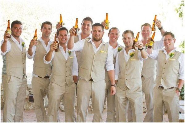 Chalecos casuales de boda de Country Farm Slim Fit Groomsmen Chaleco de hombre Trajes Goomsmen Boda en la playa para el novio Chaleco + Pantalones
