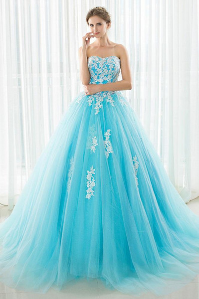 Long Blue Prom Dresses 2019 Strapless Princess Evening Gowns Lace Appliques Tulle Ball Gown Cocktail Party Dress Celebrity Formal Gown