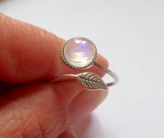 Neue Mode silber Farbe Natürliche Blätter Mondstein Ring einstellbar Offenes blatt Transparente kristall Ringe für frauen mädchen schmuck